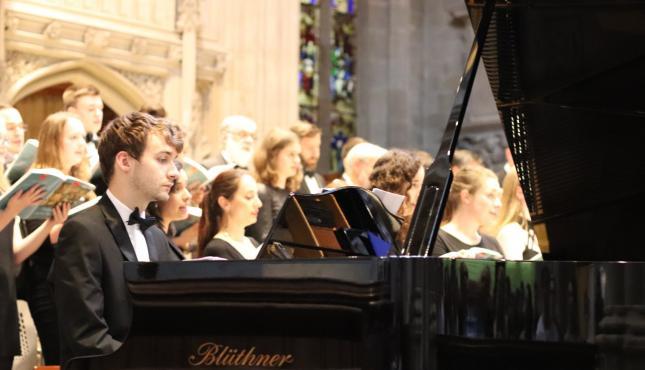 Image of David Palmer playing the piano