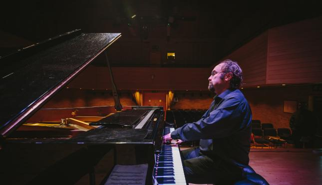 Jonathan Powell, Schubert, Schumann, Musorgsky, Feinberg, Stravinsky