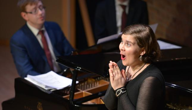 Young Artist Candidate Singing (image)