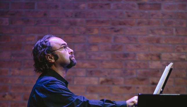 Pianist Jonathan Powell